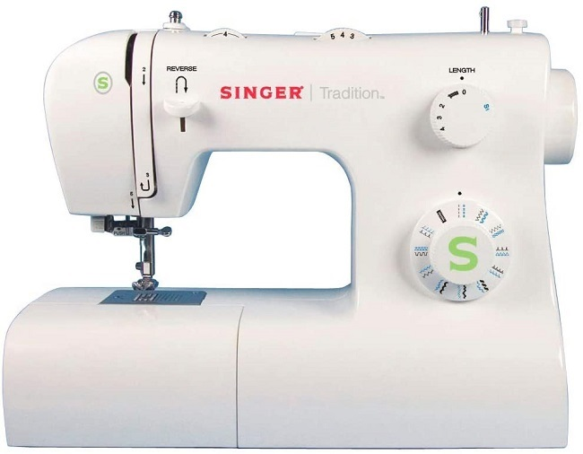 descripcion maquina coser singer tradition